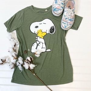 Mighty Fine Peanuts Snoopy Woodstock Tee